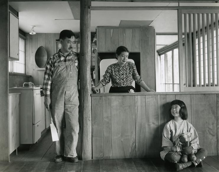 Джордж и Марион Накашима с дочерью Мирой. Фото:Ezra Stoller