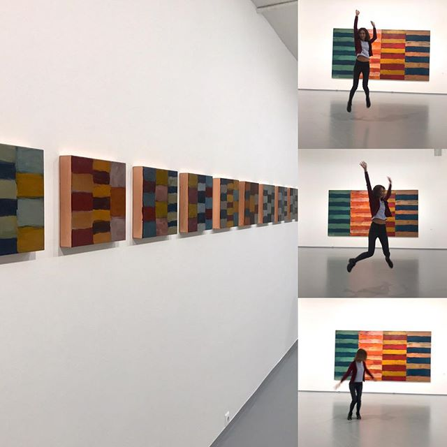 Приобщиться к Шону Скалли... #seanscully #multimediaartmuseum #abstractpainting #мамм #шонскалли #лицомнавосток