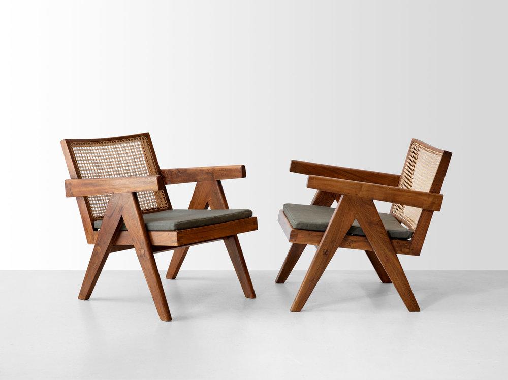 Пьер Жаннере, кресла для проекта «Чандигарх», 1952-1956. Тик, плетение.