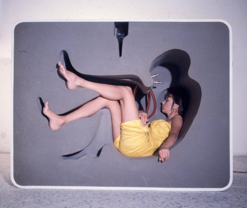 Ико Паризи и Франческо Сомиани. Проект Conteriore umano n.1 на Миланской мебельной выставке, 1968