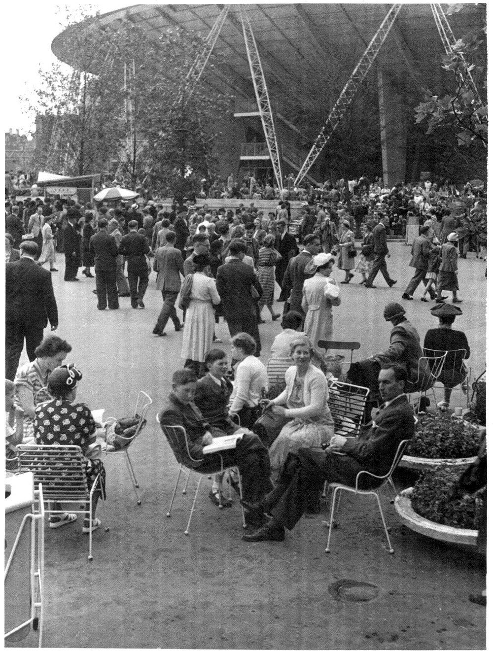 Мебель Эрнеста Рейса на Festival of Britain, 1951