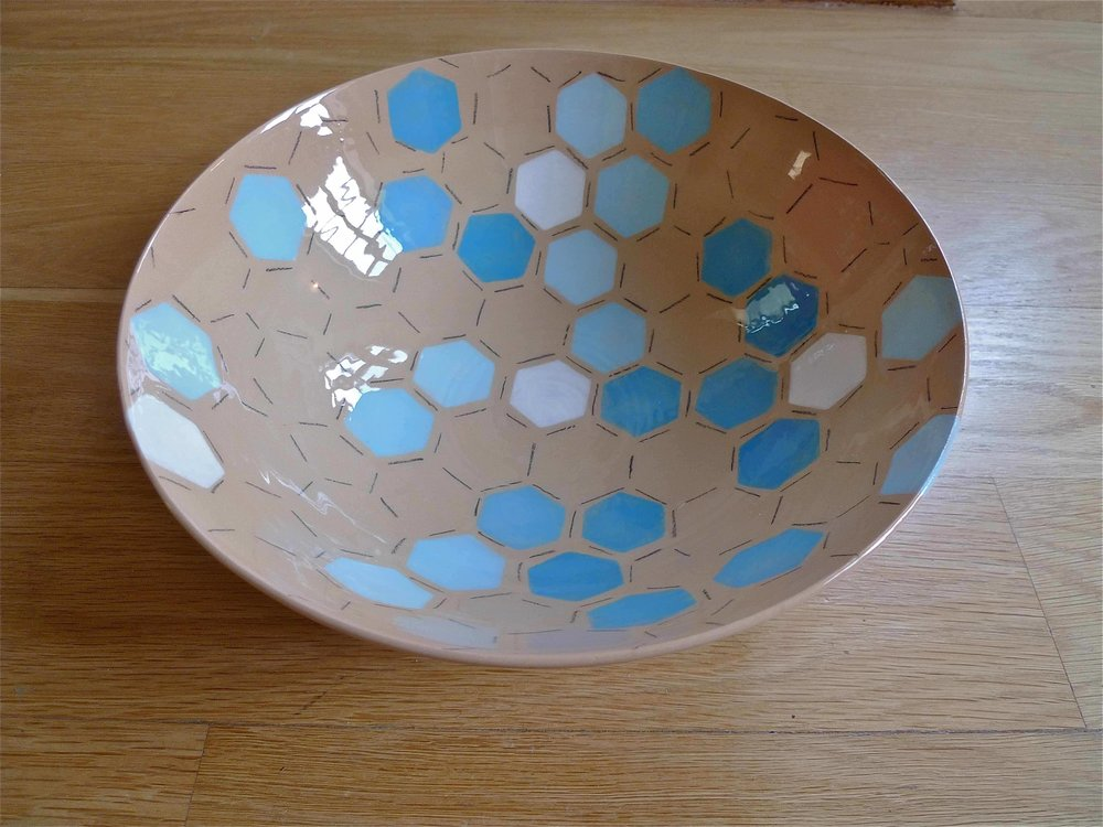 terra cotta blue white hexagon bowl 10 x 26cm (110 E)