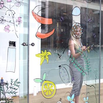 Sarah Smart Live Art
