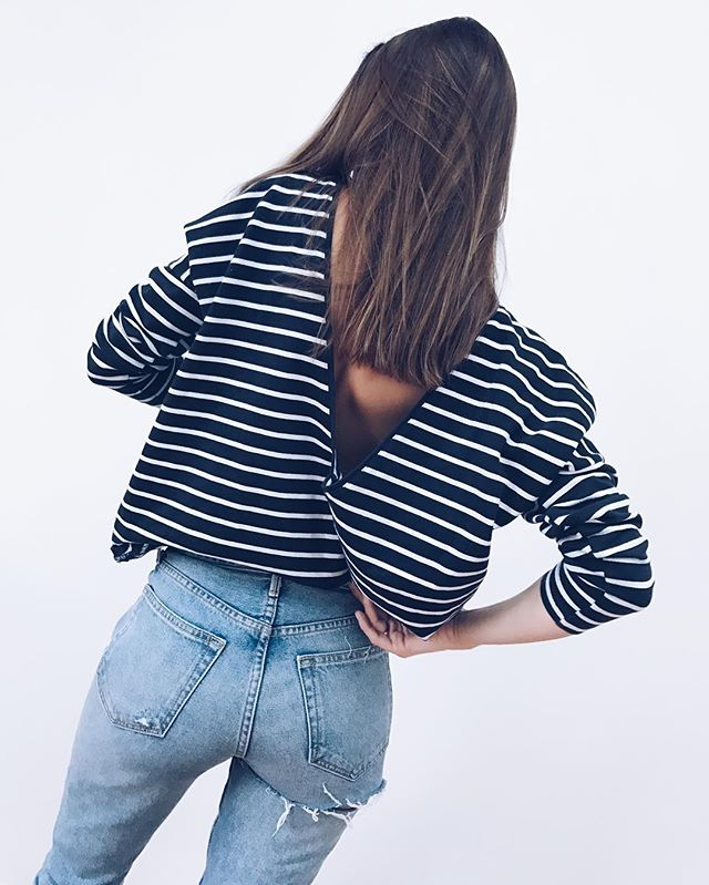 🌊🌊 I'm in a relationship with those Jeans guys 〰〰 Our Longsleeves are my all time no. 1 • all year all travels! #denim #longsleeve #basic #stripes #fashion #brand #backless #look #style