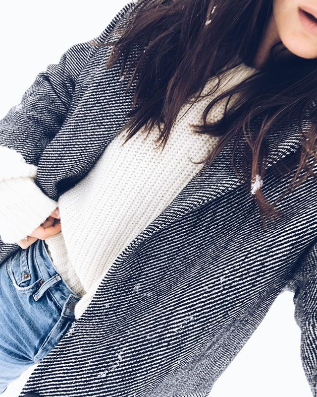Snowlakes on my hair ❄️❄️ Lovin' the Winter spirit today! OH and by the way - both French Coat & Sweater NO. 5 are on SALE ✔️ #selfie #ootd #frenchcoat #simple #look #outfit #winter