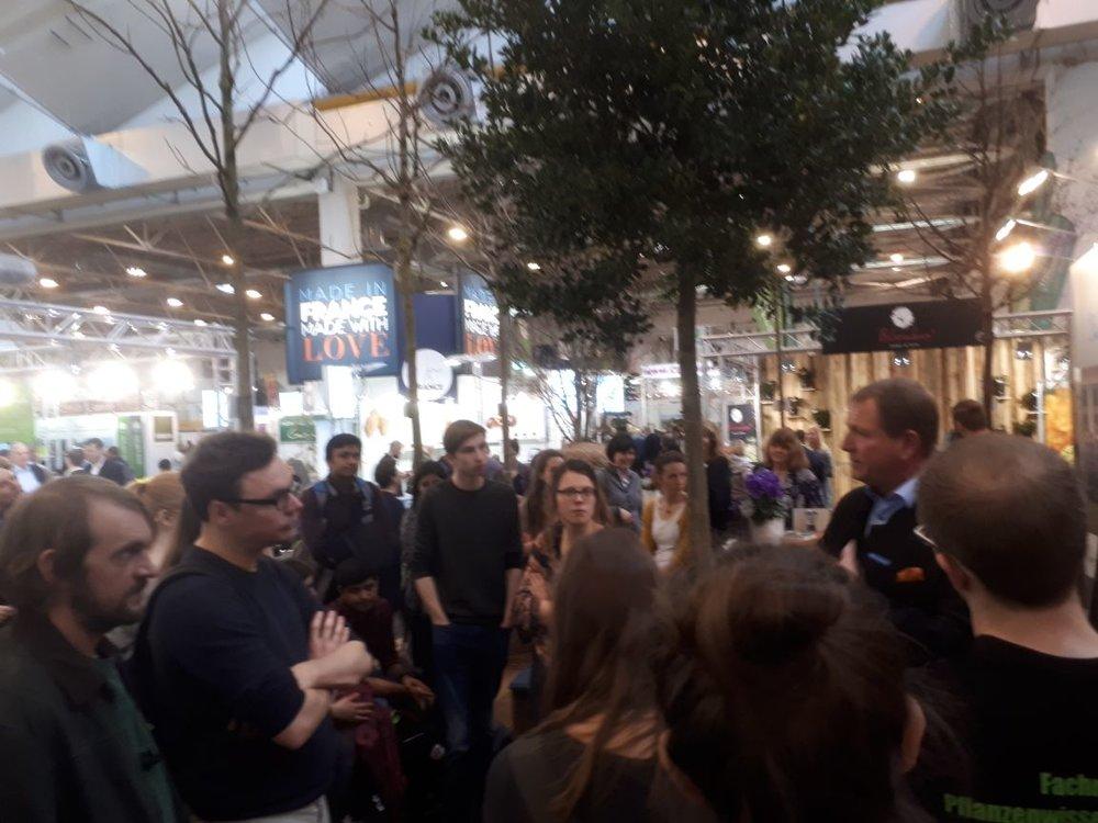 Eine der größten Baumschulen Deutschlands, die Baumschule Ley, erklärt Probleme & Lösungen der Baumschulproduktion heutzutage.