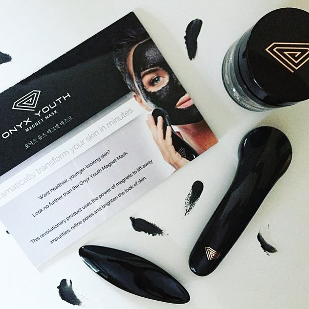 We're feeling full and maybe a little sore (understatement) from this amazing weekend. A little at-home spa session is in order this week so we can try out the @onyxyouthmask! How are you restoring after the jam-packed, amazing weekend? 📷: @beforeandaftermyemptynest  #bemagnetic #sweatpink #empowervancouver #movenourishbelieve #vancouver #iamempowered #koreanfacemask