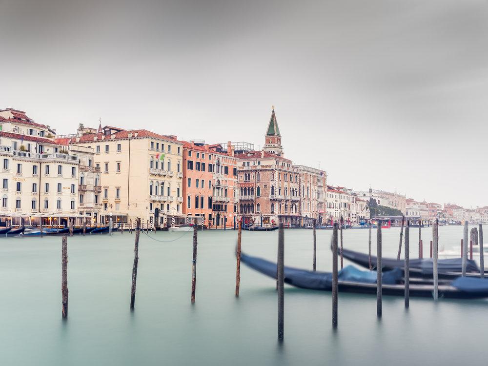 Grand Canal Gondola Study 1 - Venice (2478)