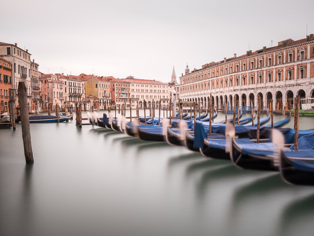 Gondola Station Ca' d' Oro - Venice (2504)