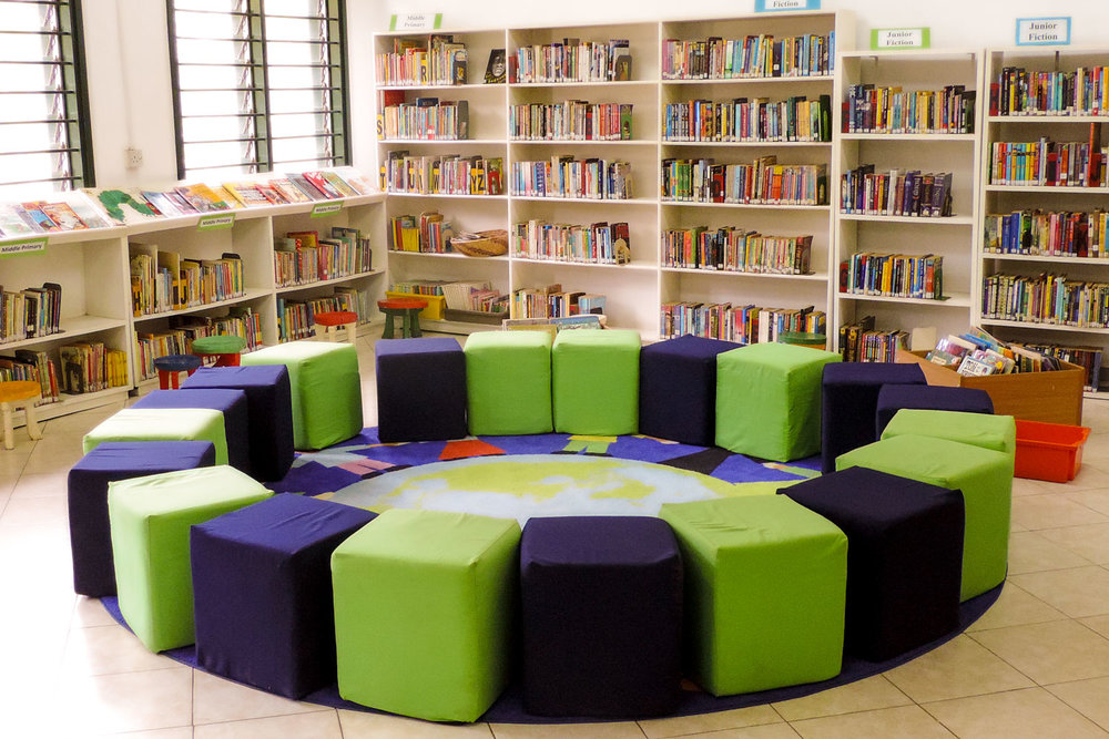 ISM pouffe seating