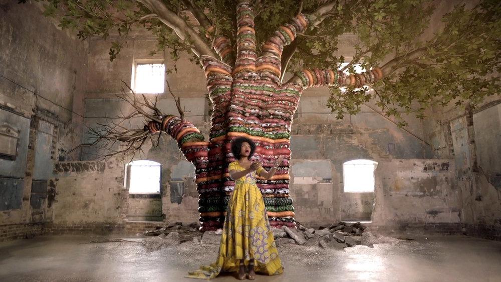 Pumeza - Thula Baba (Official Video)-HD (02682).jpg