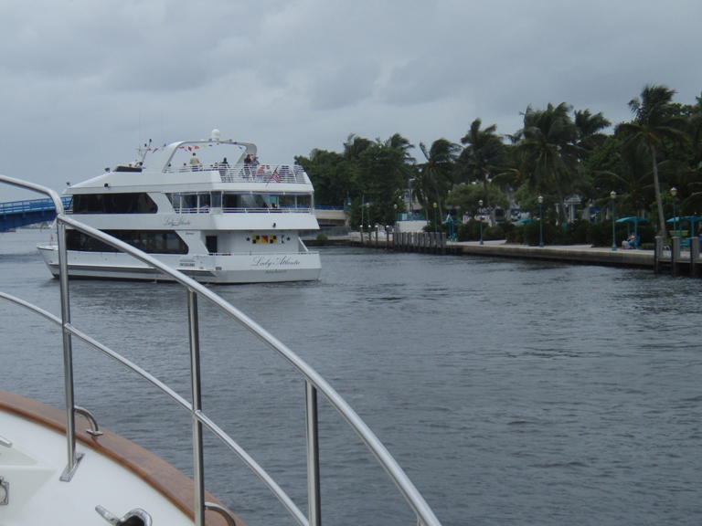 A tour boat takes the lead in the ICW as we approach Ft. Lauderdale.