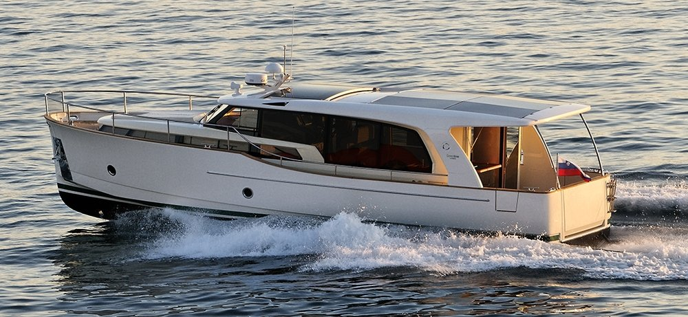The Greenline 40 Hybrid cruising boat from Slovenia. A very contemporary example of new ideas in interior layout and modern boat design