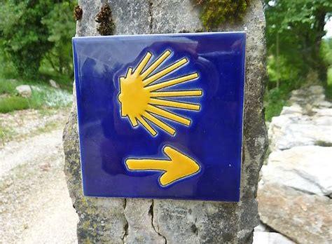 Camino shell sign.jpg