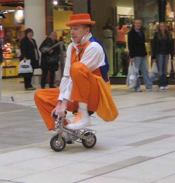clown on minibike2.jpg
