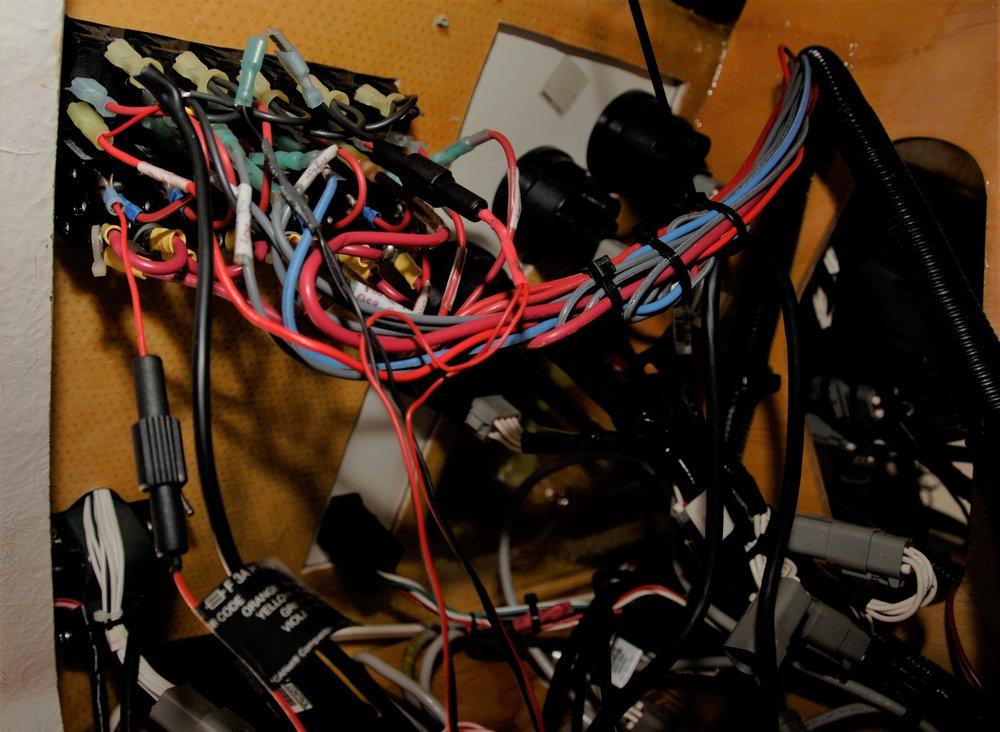 A wiring mess.jpg