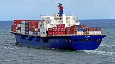 The El Faro may not have had a chance against a rogue wave during a hurricane off the Bahamas.