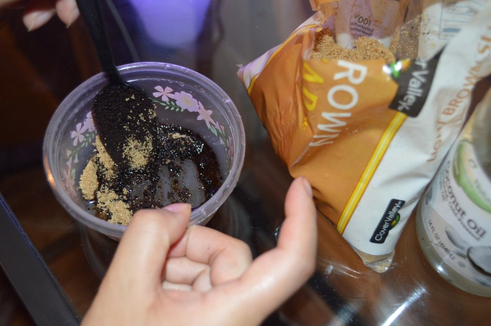 DIY Coconut Oil Sugar Scrub