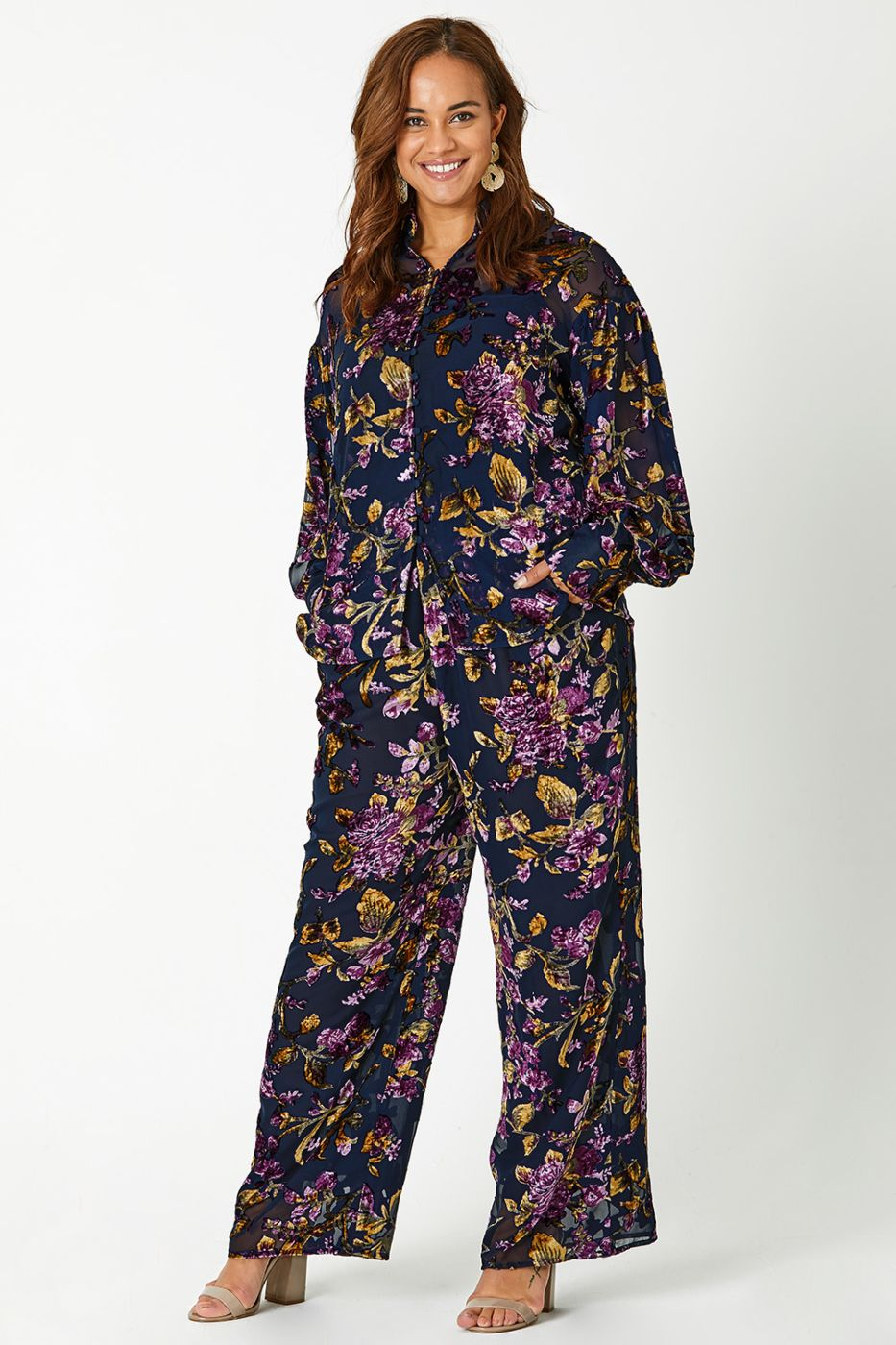 Plus Sized Brands That Will Help You Rock End of Year Style.jpg