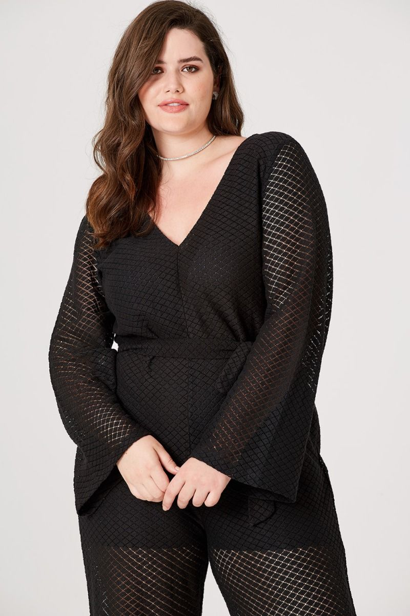 Plus sized brands that are actually cute and affordable.jpg