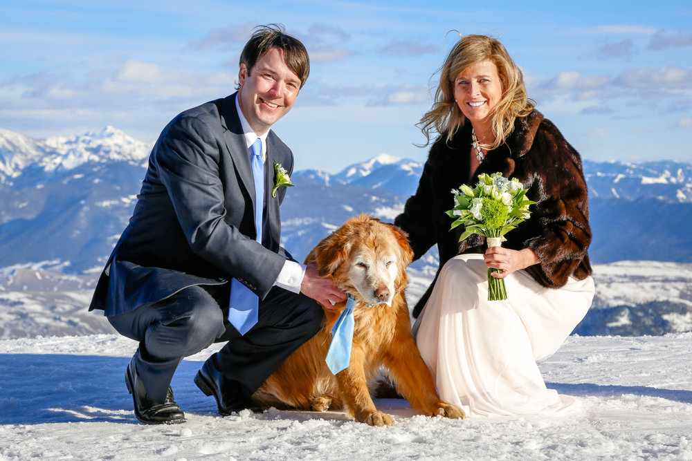 After marrying in a private ceremony in Jackson Hole and planning a Charleston wedding reception from from out west, Lorrie and Bert Griggs saw a need for affordable accessory rental solutions for events and parties. After moving back to Mt. Pleasant, the couple started Drifter Rentals to offer competitive pricing on event accessories in the Charleston area.