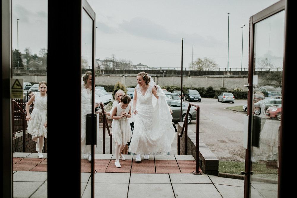 Cardiff Wedding Photographer-71.jpg