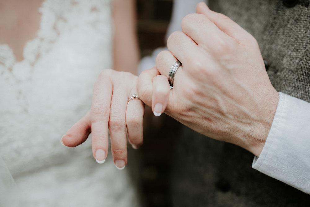 Cardiff Wedding Photographer-157.jpg