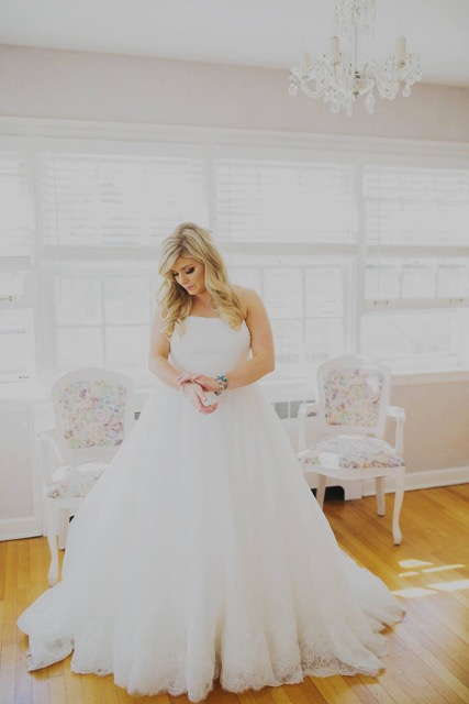 getting hitched? - interested in having charlie jane crash your wedding?gladly!for an in-salon consultation, inquire here......too busy to come by? we get it! just give us a call and we can chat! 630.659.6674for some bridal inspo.......click here!