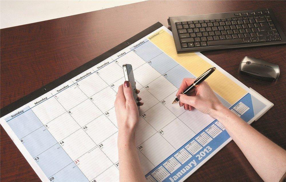 corporate-gift-desk-calendar.jpg