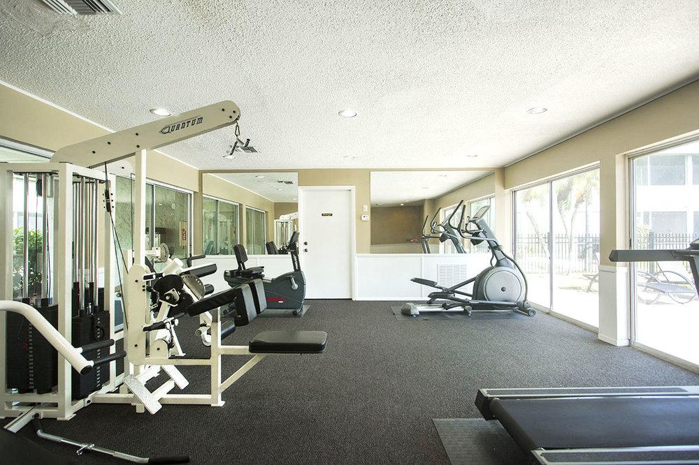 largo-pinellas-clearwater-one-two-bedroom-rental-gym.jpg