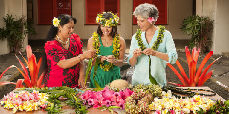 lei making.png