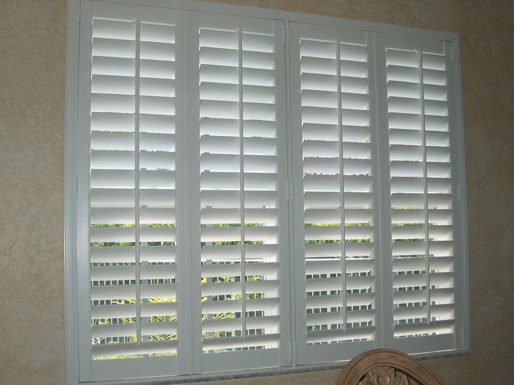 Poly Shutters with Standard Front-Tilt Bar