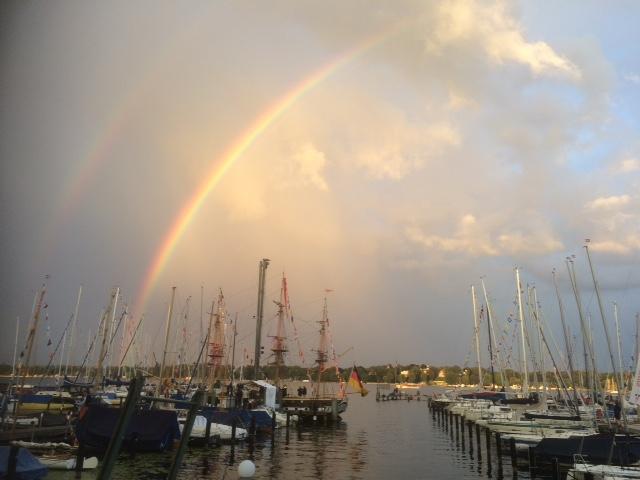 Regenbogen über dem VSaW-Hafen.jpg