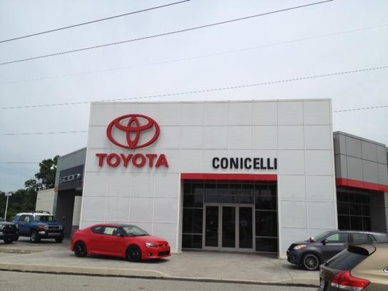 conicelli toyota auto dealership digital signage.jpg