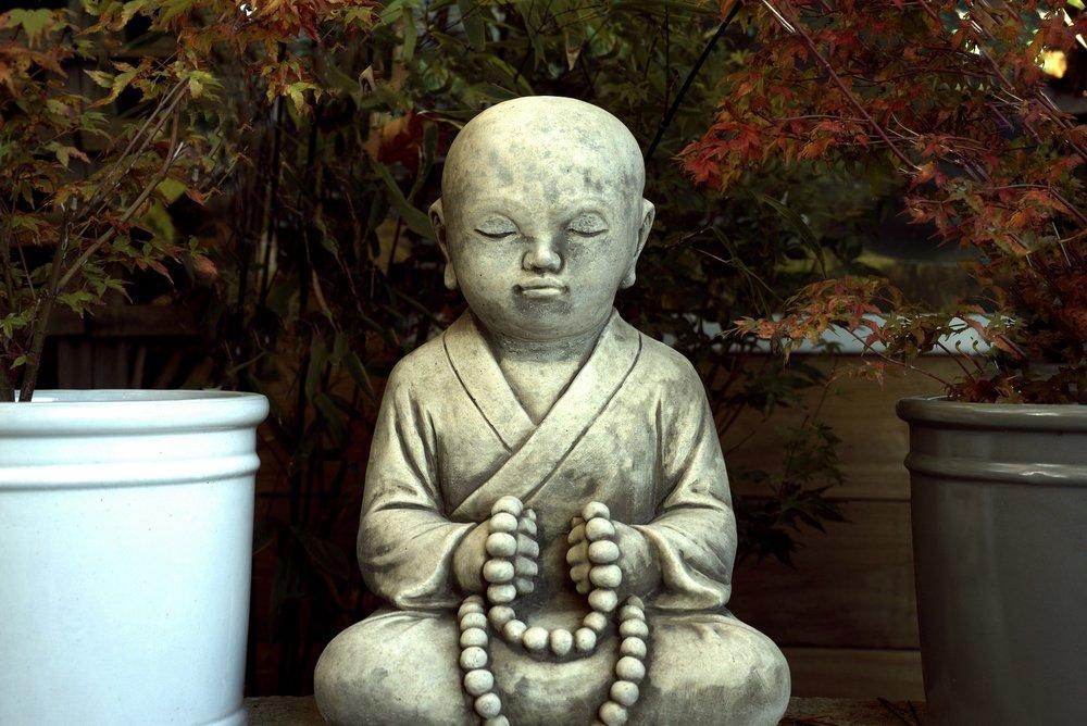 buddha-1751449_1920.jpg