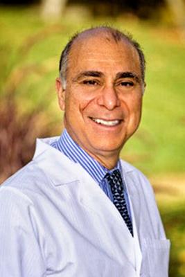 Dr T Headshot.jpg