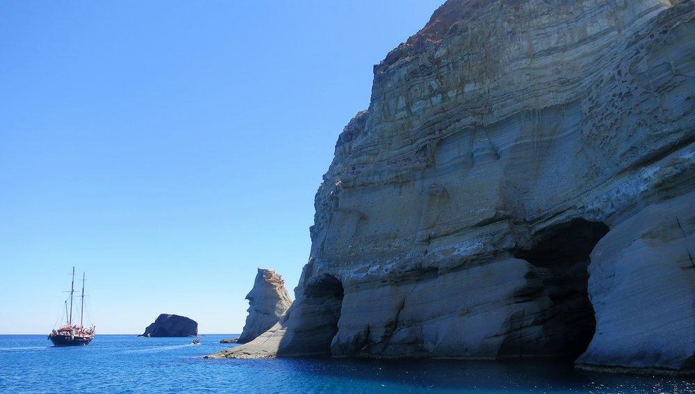 Solomate-Travel-Milos (3).jpg