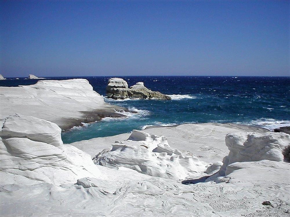 Solomate-Travel-Milos (5).jpg