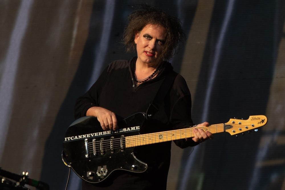 the-cure-4.jpg