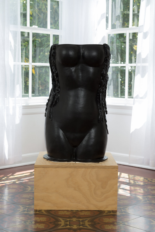 Amy Bessone, S1.8 Siren, 2016. Ceramic sculpture. (Sculpture: 32 in. x 20 in. x 19 in.) (Pedestal: 12 in. x 22 in. 22 in.)