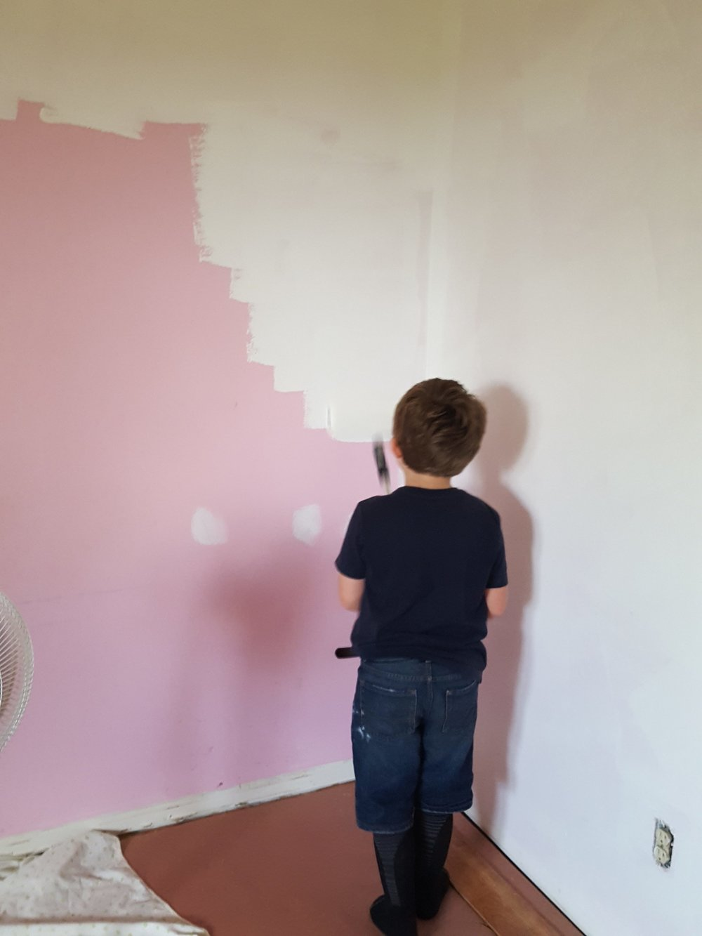 Priming the pink bedroom