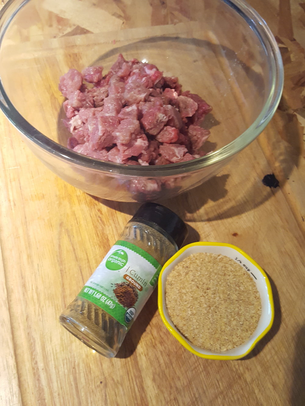 In the Dog Dish: Scrappie Dog Food - a yummy dish out of beef minute steak and fruits and veggies!