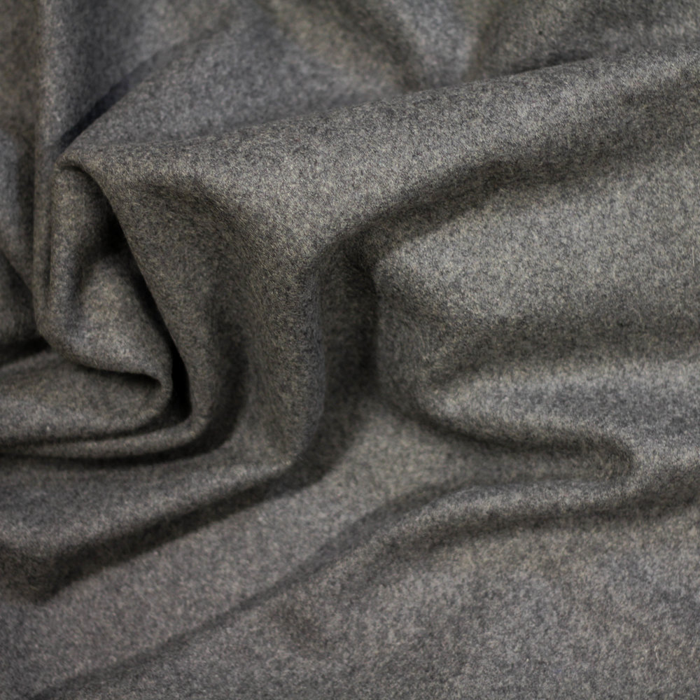 STONE GREY WOOL (MEDIUM GREY)