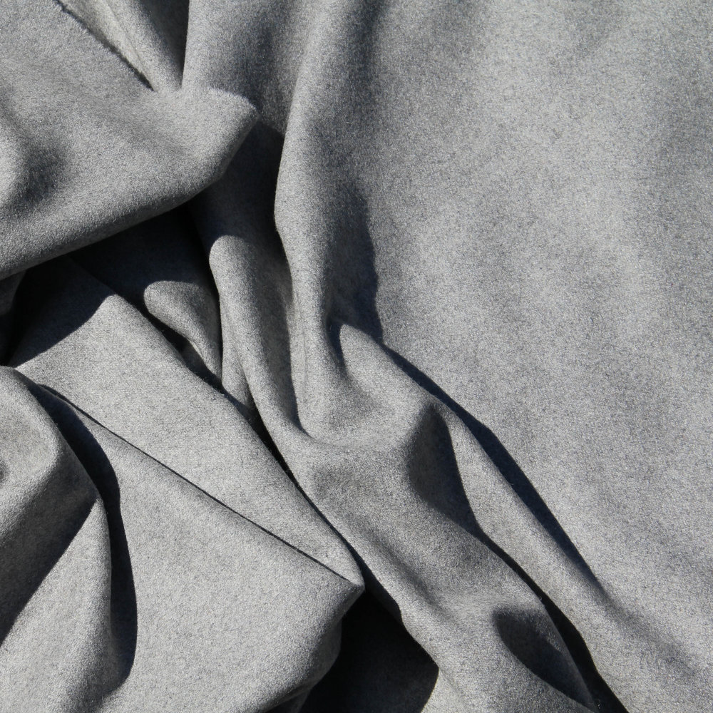 HEATHER GREY WOOL (LIGHT GREY)