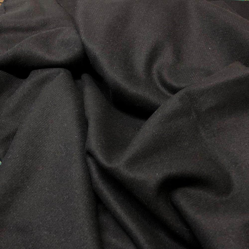 CHARCOAL BLACK WOOL
