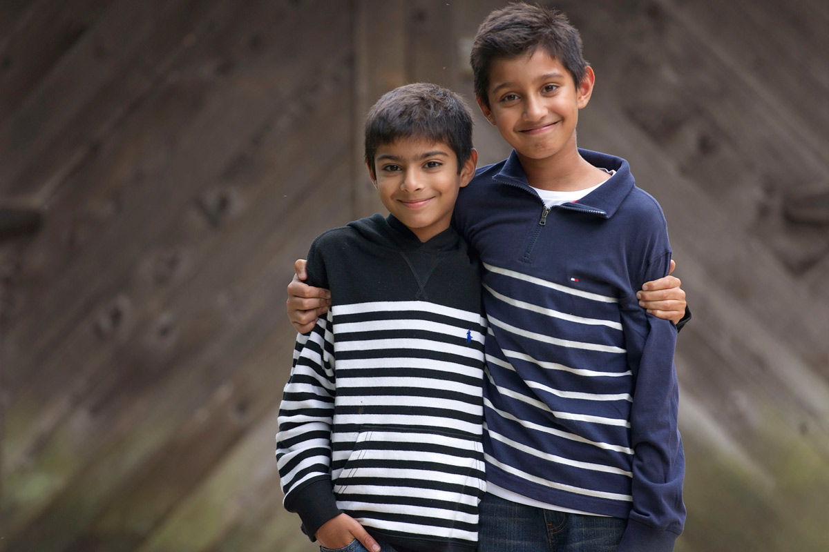 Brothers posing for photo in front of Brandywine River Musem