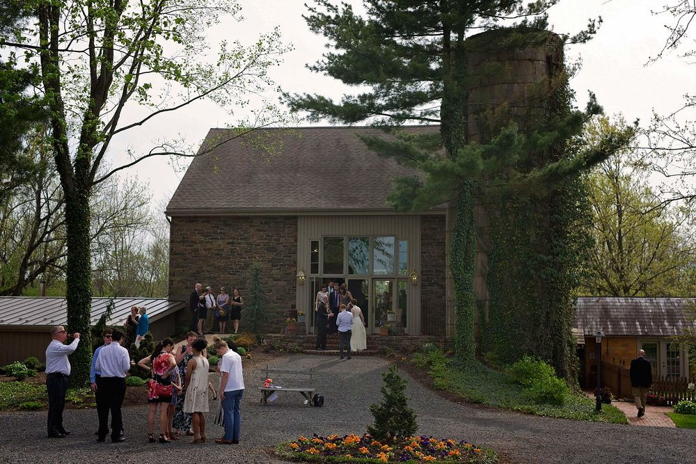 outside of stonebrook farm venue