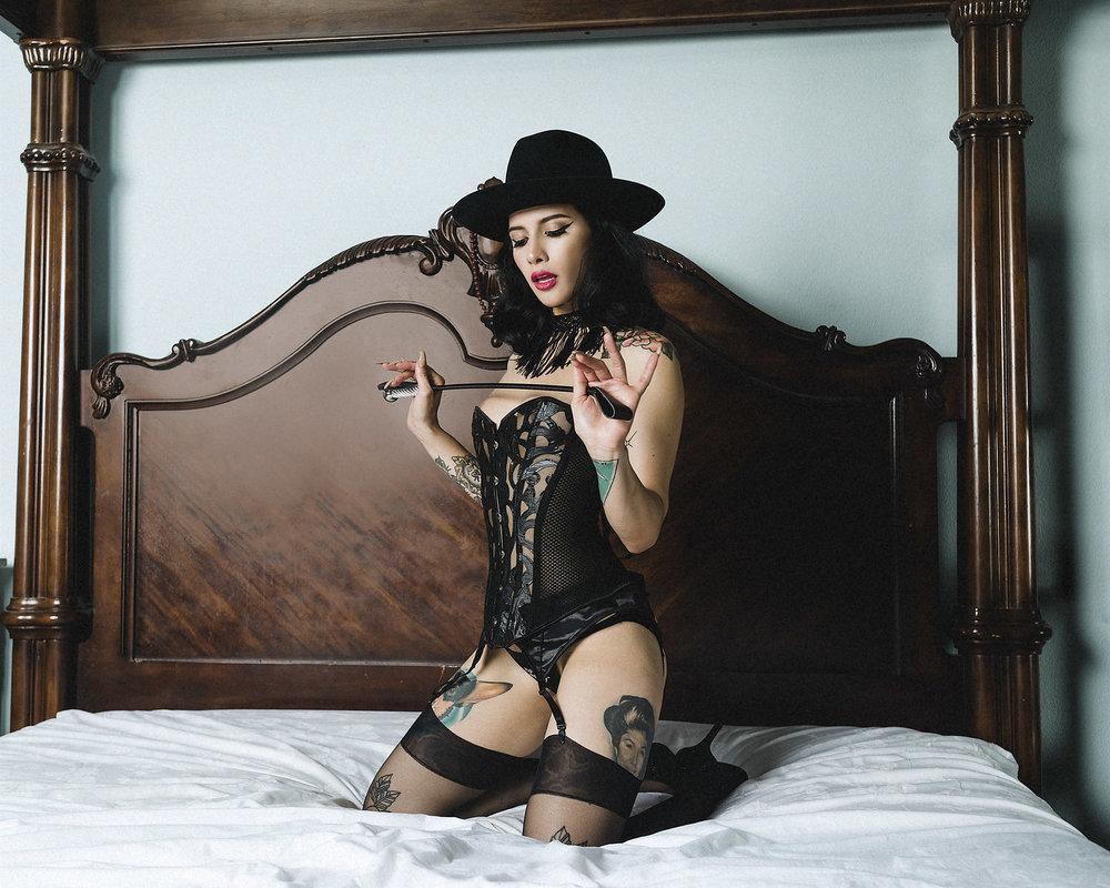 boudoir+fashion.jpg