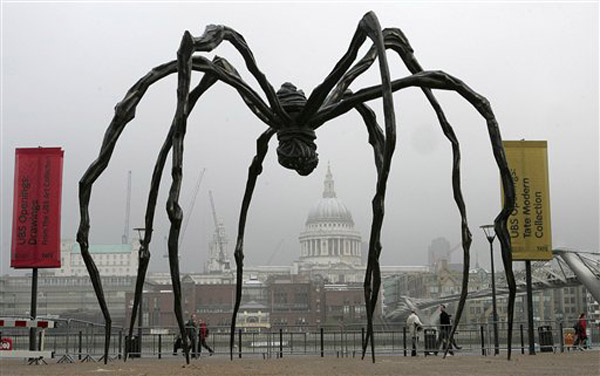louise bourgeois Ragno.jpg