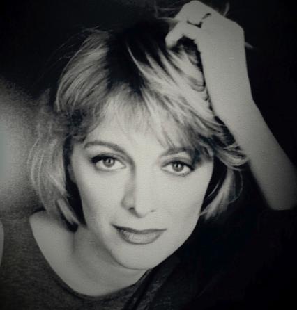 VALERIA FREIBERG  attrice, autrice, regista